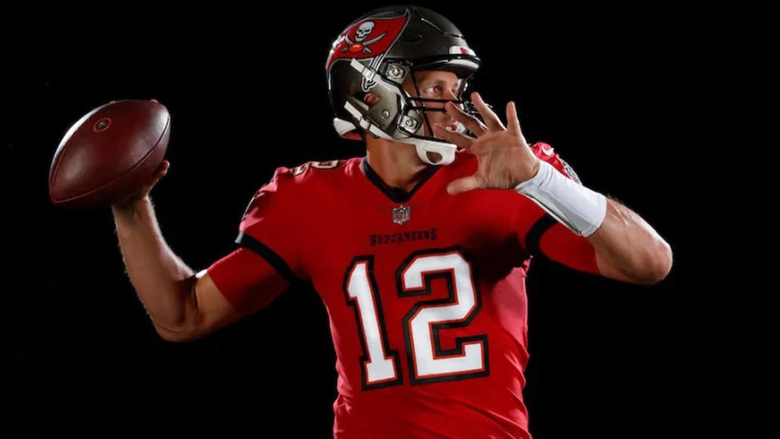 Here s your first look at Tom Brady in a Tampa Bay Buccaneers uniform