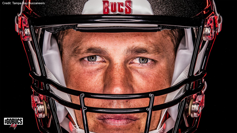 Happy Birthday New Bucs QB Tom Brady celebrates turning 43