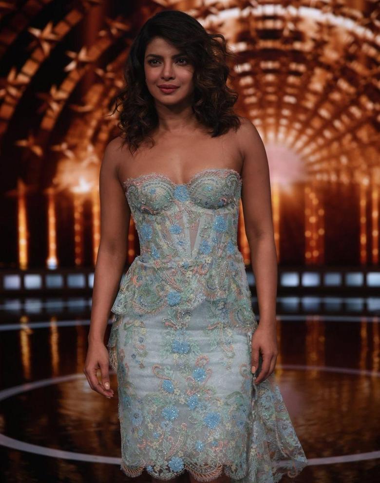 Priyanka Chopra I Love When People Stalk Me on Instagram