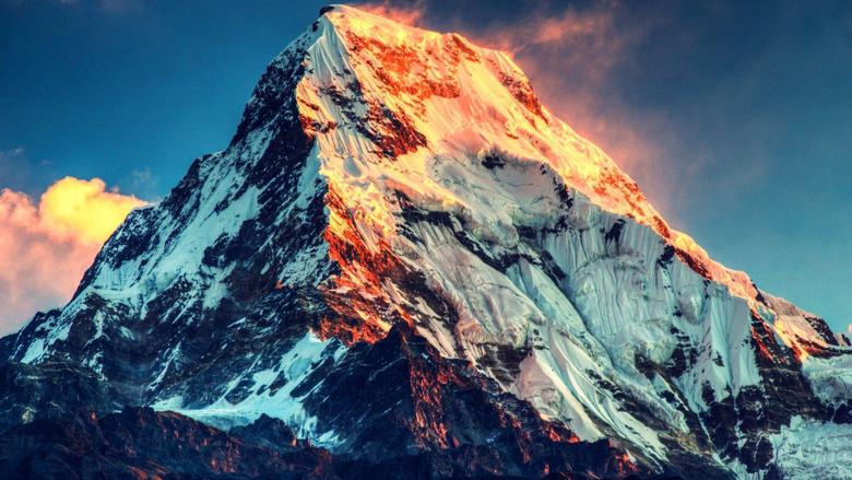 Burning Sunlight Mount Everest HD Wallpapers FullHDWpp