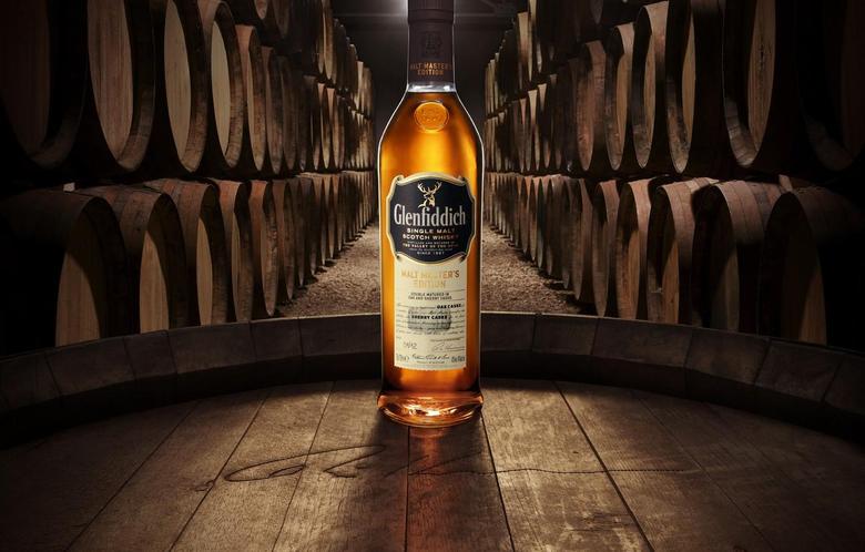 Wallpapers deer barrels Whiskey Scotland single malt single malt