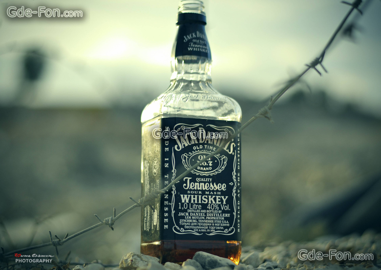 wallpapers jack daniels whiskey barbed wire desert