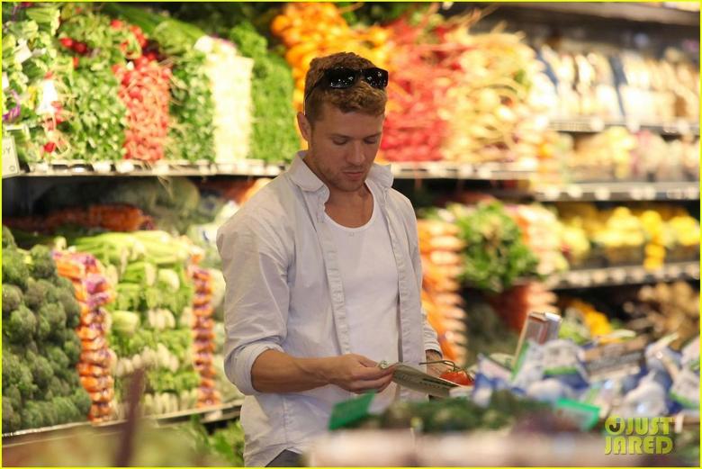 Ryan Phillippe image Ryan Phillippe Ava Whole Foods Stop HD