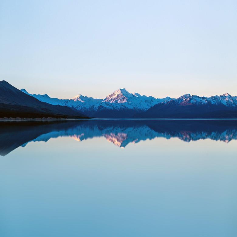 Reflection Lake Blue Mountain Water River Nature iPad Air Pro