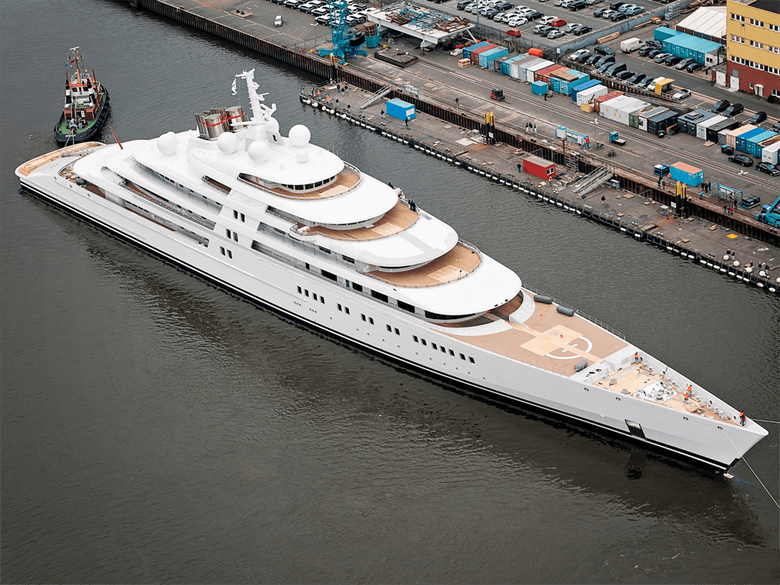 The world s most expensive superyachts come with helipads movie
