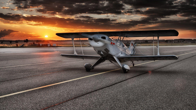 Small and beautiful small jet airplane wallpapers