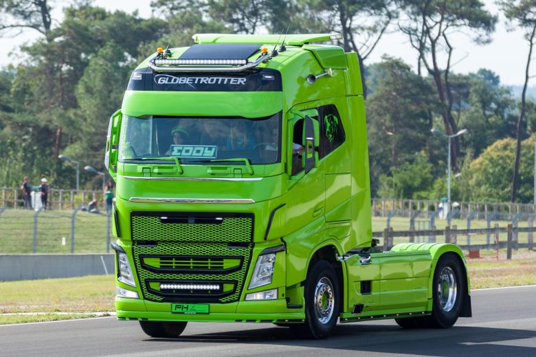 Volvo Truck Image