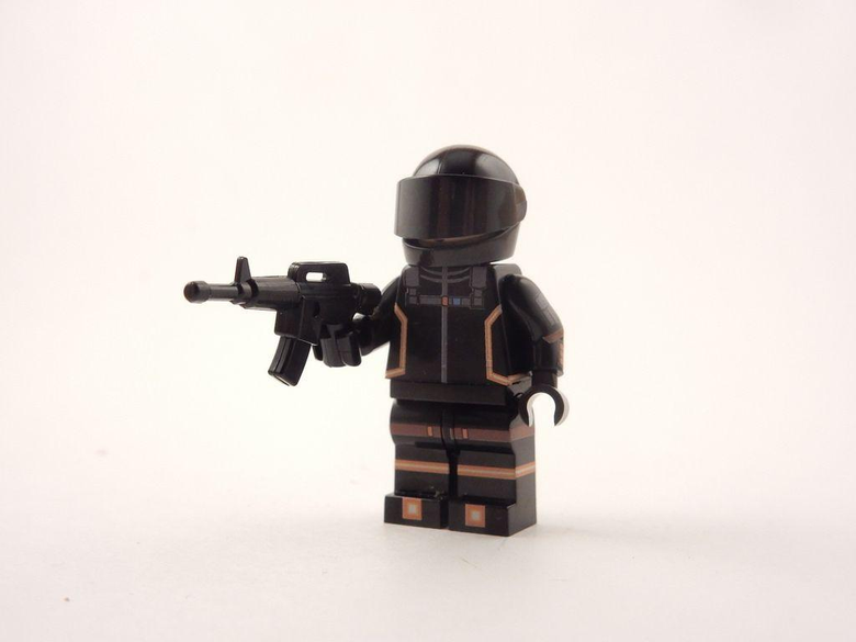 Fortnite Dark Voyager Front