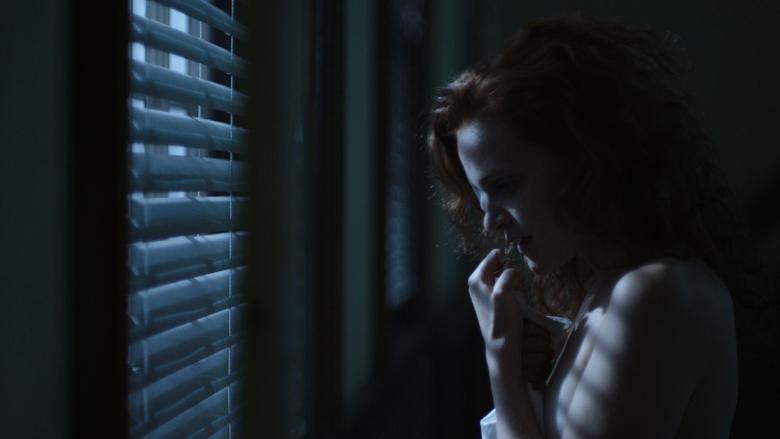 The Handmaid s Tale New Photos With Elisabeth Moss Samira Wiley