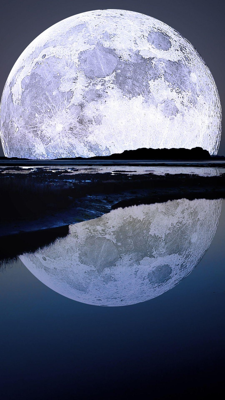 Super Moon Water Reflection Android Wallpapers