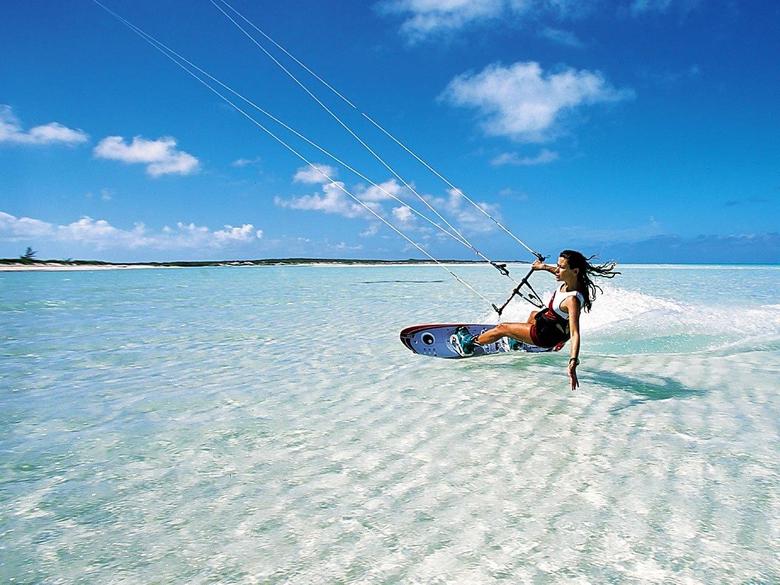 Kitesurfing in Zanzibar Bellevue Guest house