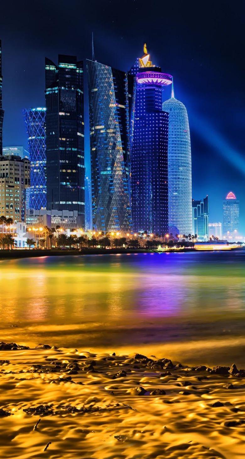 Doha Qatar Skyline iPhone se Wallpapers