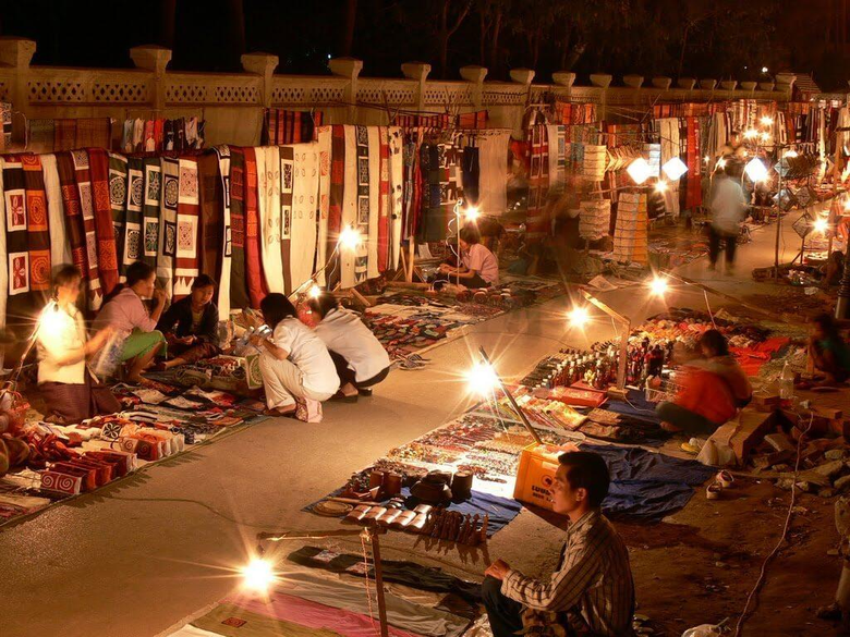 Best Places for Shopping in Luang Prabang Laos