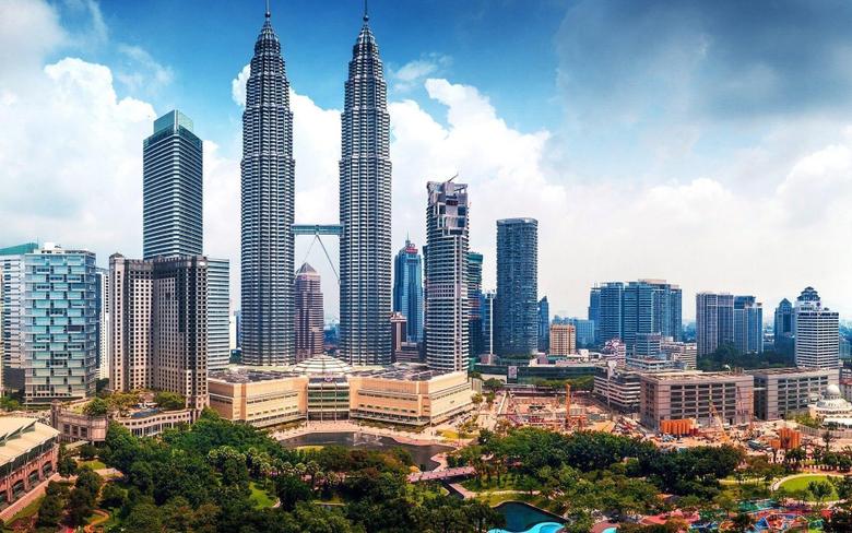 Petronas Twin Towers Malaysia Wallpapers HD