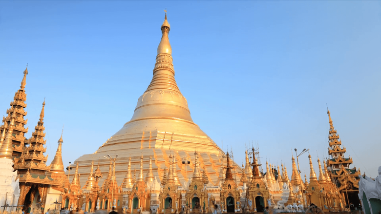 Shwedagon Pagoda timelapse Stock Video Footage