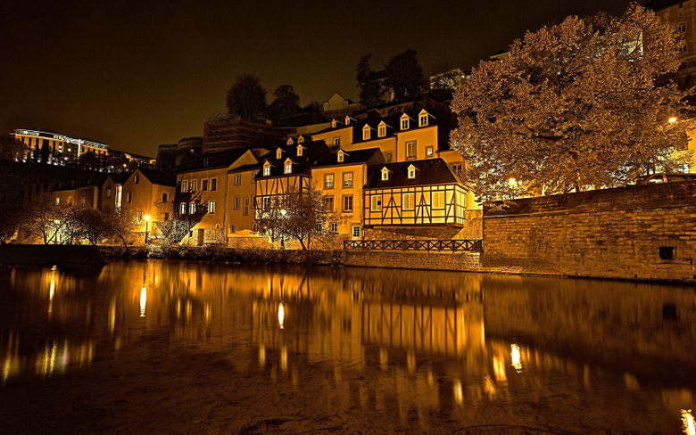 Luxembourg At Night Wallpapers
