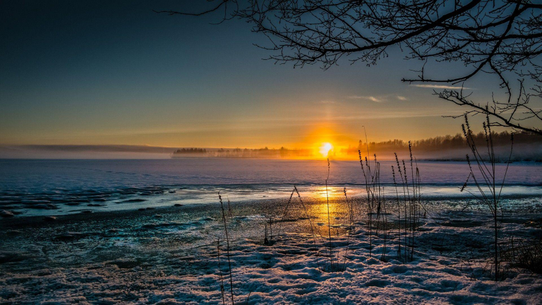 Illuminated Tag wallpapers Magnificent Winter Sunset Lake Oslo