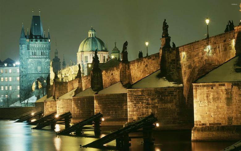 Charles Bridge in Prague wallpapers