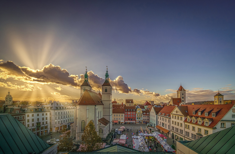 Wallpapers rays church Germany houses Regensburg square