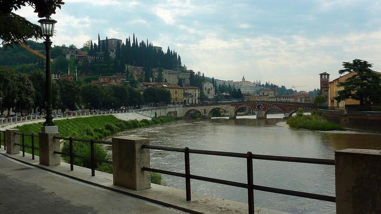 Pietra Tag wallpapers Adige Ponte Italy Verona Pietra Animated