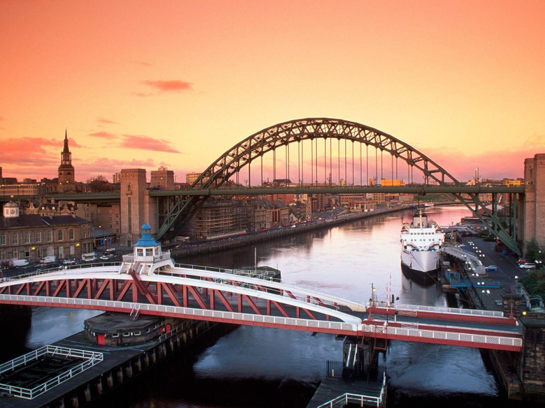 Bridges Untitled Le Tyne United Kingdom Newcastle Swing Bridge