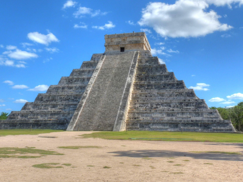 Chichen Itza HD Wallpapers and Backgrounds