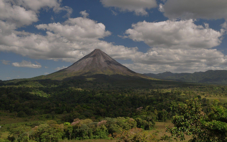 Arenal Volcano Costa Rica wallpapers