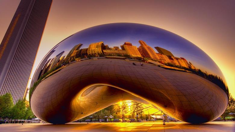 Cloud Gate sculpture by Anish Kapoor Millennium Park Chicago