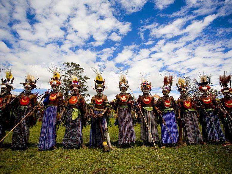 beautiful locals of Papua New Guinea