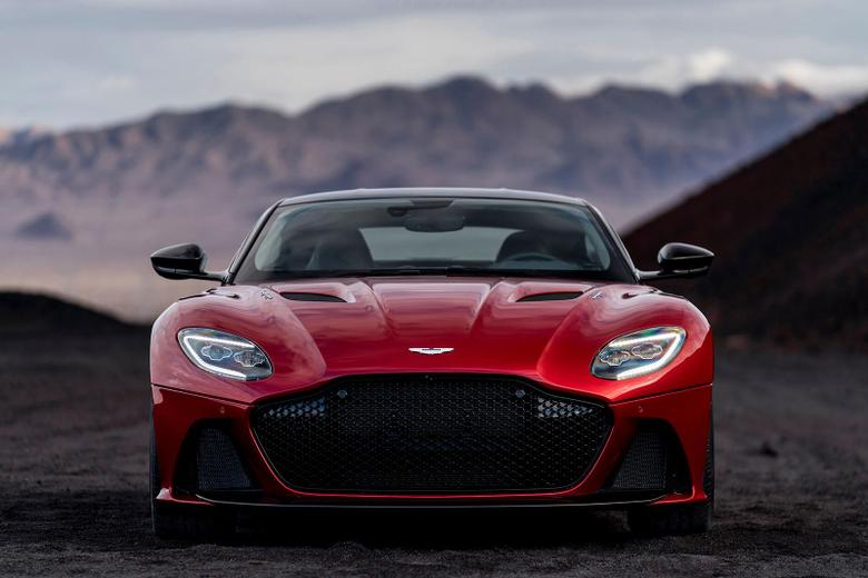 2018 Aston Martin DBS Superleggera revealed as Ferrari 812