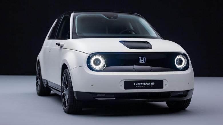 Small Sporty Honda E Prototype Headed To Geneva