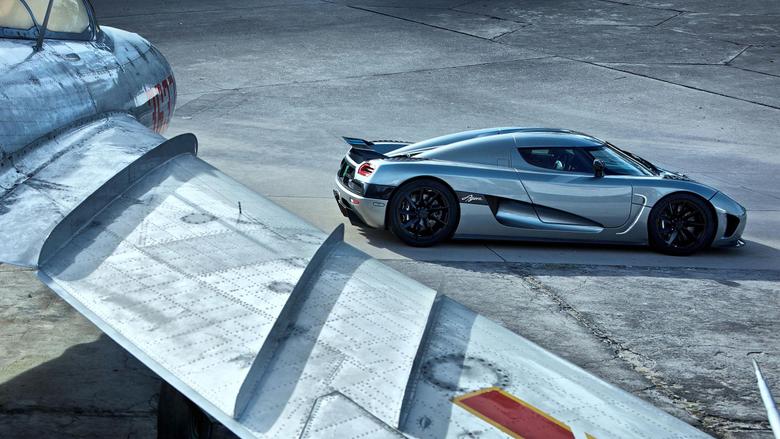 Super Sports Car Wallpapers That ll Blow Your Desktop Away