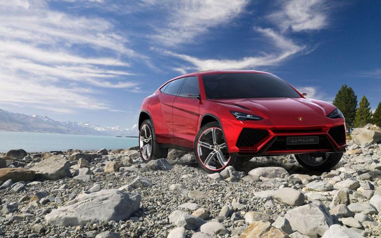Lamborghini Urus SUV Wallpapers