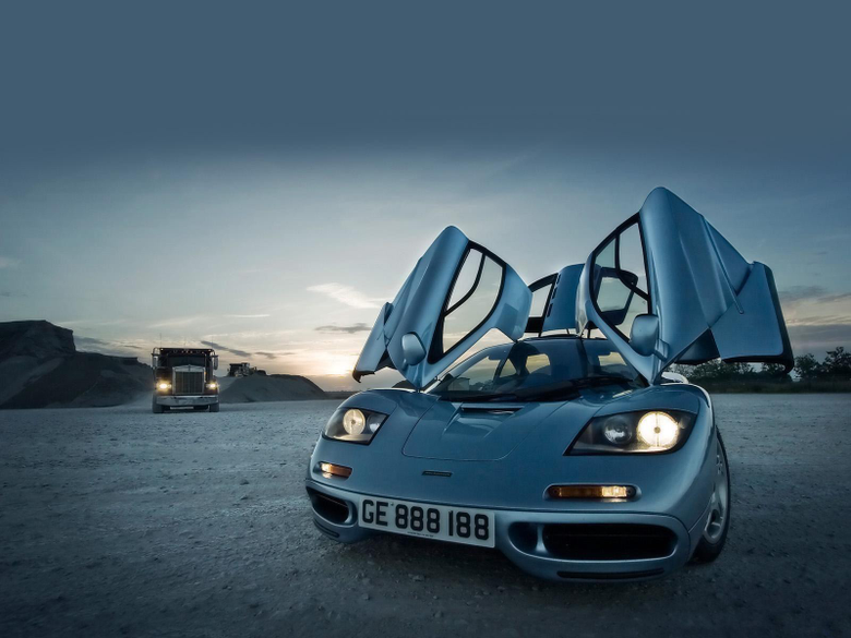 McLaren F1 Doors Open HD Widescreen Wallpapers Car