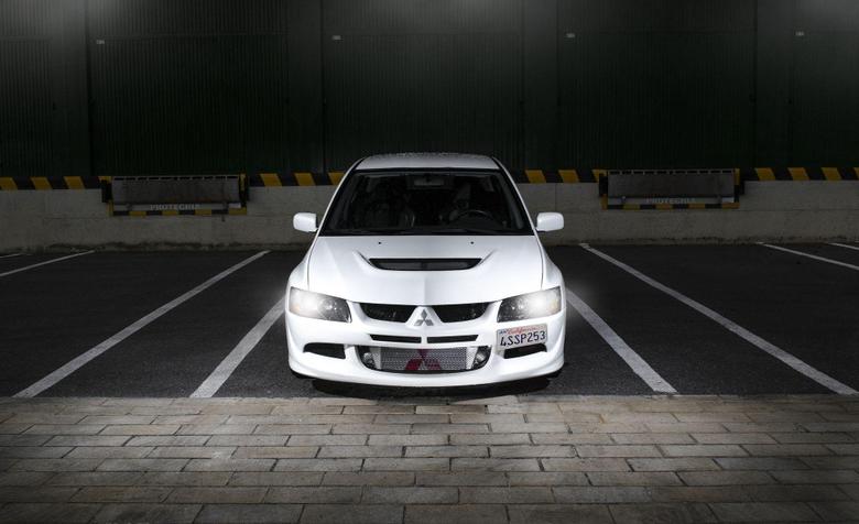 Mitsubishi Evolution VIII Wallpapers
