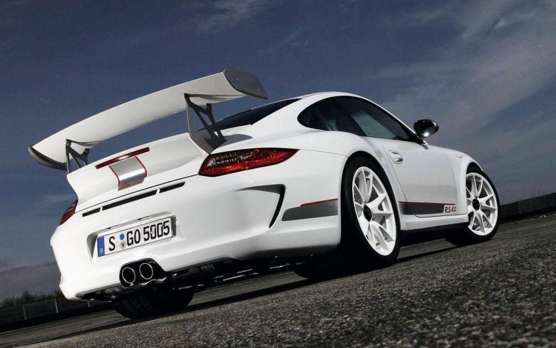 Porsche 911 Gt3 Rs 4 0 Turbo