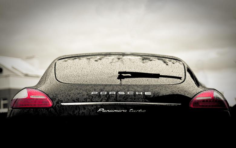 Porsche Panamera Wallpapers