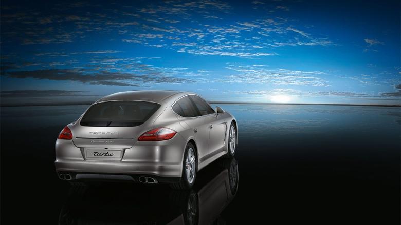 Porsche Panamera Turbo 2 Wallpapers