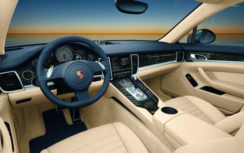 Porsche Panamera GTS wallpapers