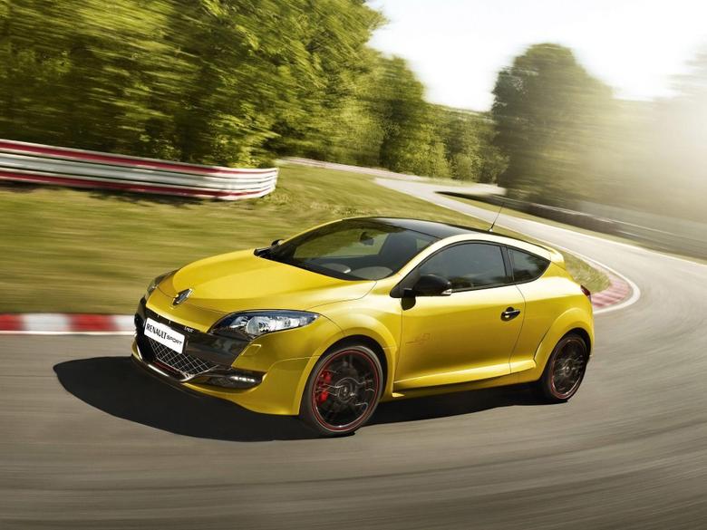 Renault Racing yellow car desktop wallpapers