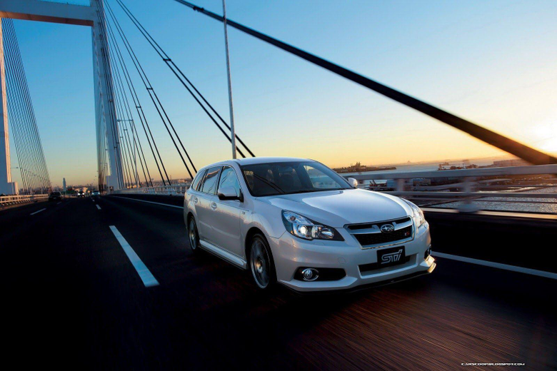 Subaru Legacy STI 2012 photo 88186 pictures at high resolution