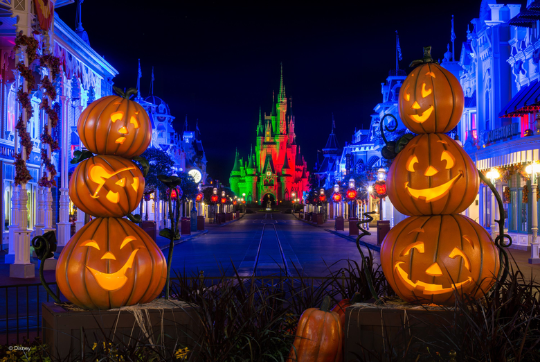 PHOTOS New Halloween PhotoPass Wallpapers Now Available from Walt