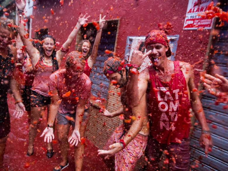 Beautiful La Tomatina Festival Pictures And Photos