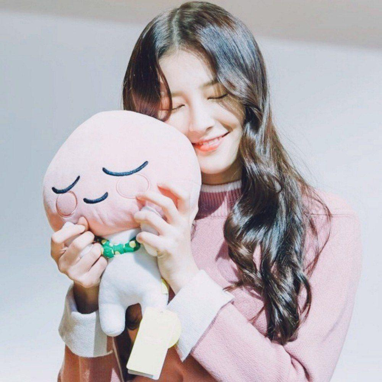 image about MOMOLAND Nancy
