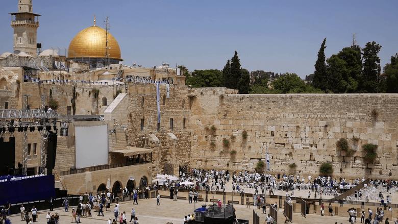 Western Wall or Wailing Wall or Kotel in Jerusalem timelapse Plenty