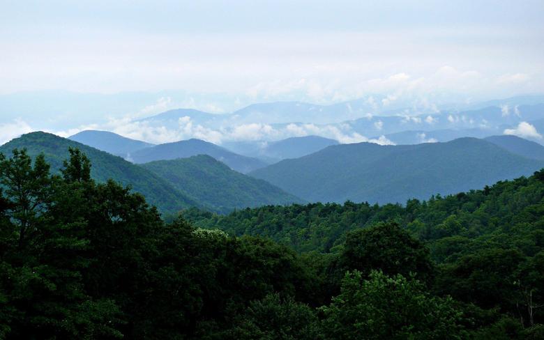 phots of bule ridge montian