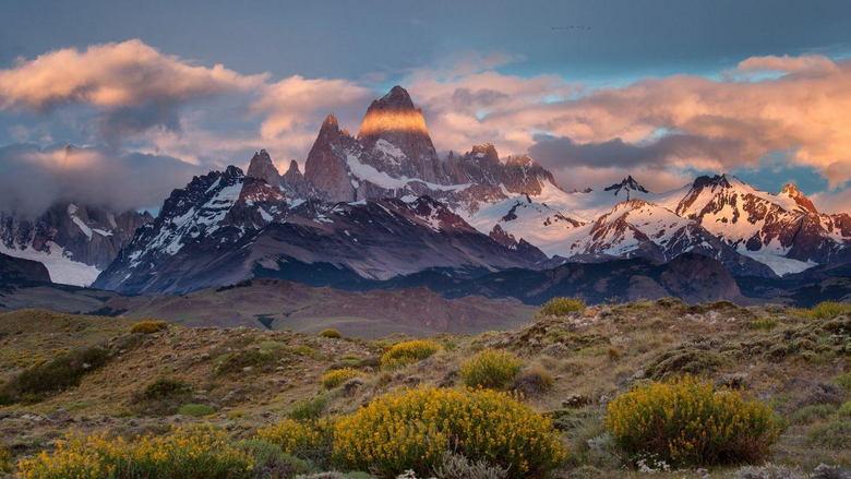Argentina Chile border Patagonia Monte desert Mount Fitz Roy