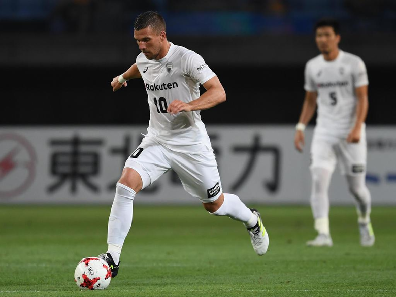 football acutalités Podolski named captain for Japan s Vissel Kobe