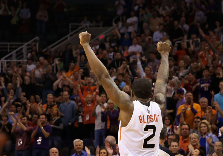 Eric Bledsoe s CLUTCH Shot Wins It For The Suns