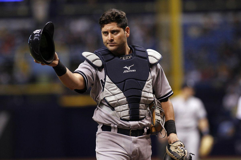 Yankees trade catcher Francisco Cervelli to the Pirates for Justin
